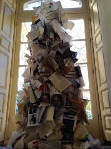 montaña de libros-Noche de los libros La Termica-art&museum